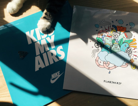 Nike_Flabjacks_collaboration_-kiss-my-airs-_-nike-air-max-day-t-shirt-illustration_-ton-mak5