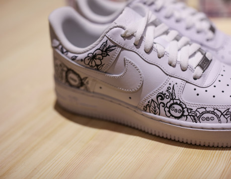 FLABJACKS-x-NIKE-force-is-female-artist-collaboration-air-force-1-2018